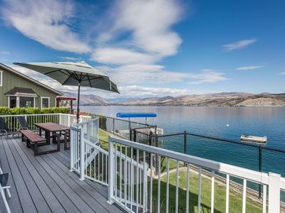 Photo for 4 Bedroom Waterfront Vacation Home with Private Dock, Great Location and View