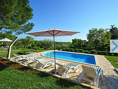 Photo for Beautiful villa with large garden 4'000 m2, pool & barbecue, free Wi-Fi