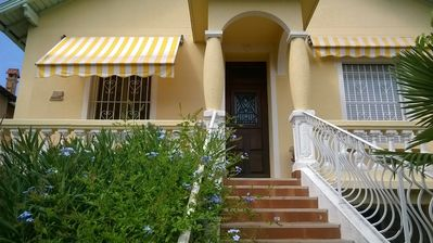 Photo for Apartment T4 in town house, 3 bedrooms, close to shops and beaches