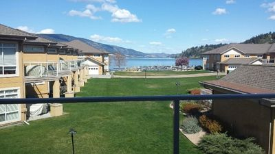 Photo for 2BR Condo Vacation Rental in Lake Country, BC