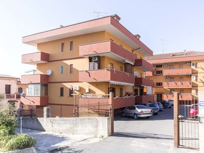 Photo for Apartment with parking, a 4 minutes walk from the sea and the center of Tropea