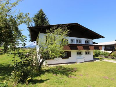 Photo for Nice, spacious holiday home in a perfect location (200 metres from the ski lift)