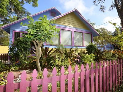 Photo for The historic Bird House Bungalow in the pulse of the City