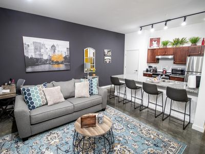 Luxury Executive Downtown Apartment 901Star 18