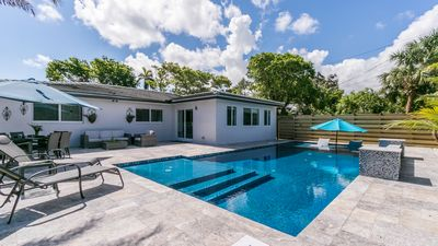 Photo for 3bed/2bath beach chic home with large heated saltwater pool.