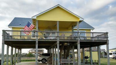 Photo for 'My Crystal Beach House' Great part of beach, beach views. WiFi/Linens provided
