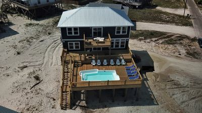 Photo for Island Time V – 5/3 Gulf-side with Pool, Game Room, 2 Master Suites,