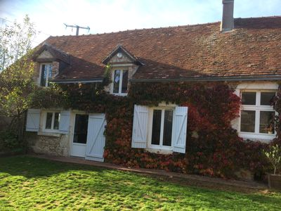 Photo for Between Chambord castles, Cheverny and Blois solognote farmhouse on the banks of the Loire