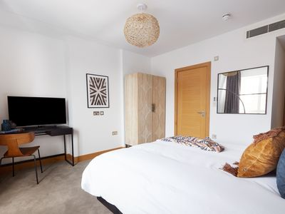 Photo for Sonder | Edgware Road Hotel | Delightful Room