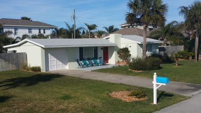 Photo for Ormond by the Sea Beach Cottage, quiet, kid & dog friendly, moments to the beach