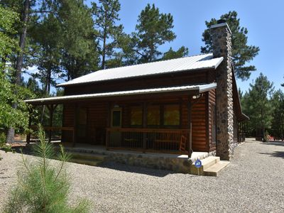 Photo for Beautiful Luxury Cabin, near Beavers Bend State Park.  Hot Tub, WiFi, & more