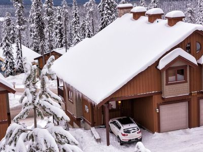 Photo for Forest B SLEEPS 18 - True Ski In / Out 3 Bedroom + Den + And Private Hot Tub