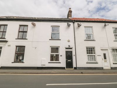 Photo for HARRYS COTTAGE, family friendly in Flamborough, Ref 984911