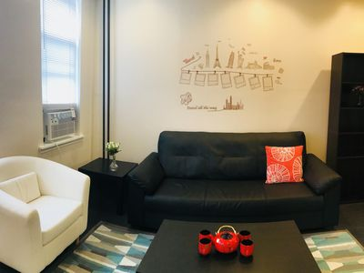 Renovated townhouse with 2 cozy private rooms!