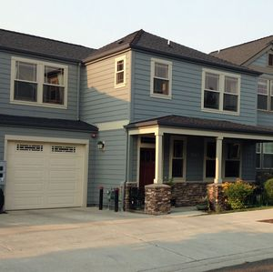 Photo for Comfortable Townhome, Convenient To Shopping And University
