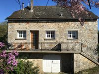 Very French very nice just about what you want for a French country holiday