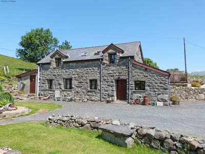 Photo for Detached Cottage with Amazing Scenery in Snowdonia