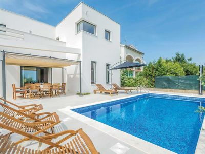 Photo for Moden villa with stunning views and a small gym