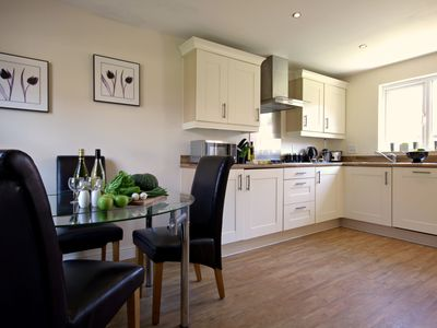 Photo for 4BR House Vacation Rental in Bracknell