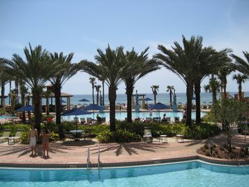 SPRING SPECIALS!  STUNNING CONDO WITH OCEAN & POOL VIEWS! BEACH CHAIRS INCLUDED!