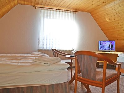 Photo for Double Room - Restaurant and Pension Zum Dorfkrug