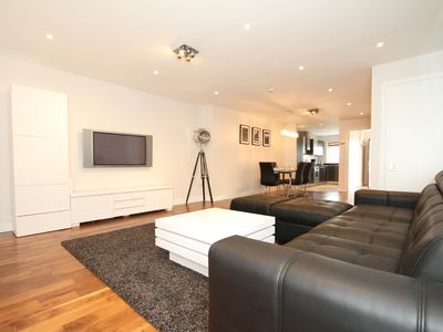 Photo for Superb 3 Bedroom Luxury Apartment!
