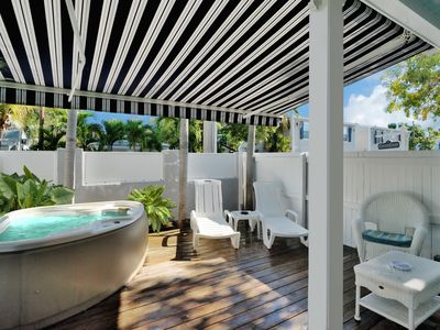 Photo for Honeymoon Hideaway - Popular Studio Suite - Shared Pool- 1/2 block off Duval St.
