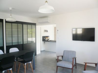 Photo for BANDOL New modern air-conditioned apartment - beach and port on foot - private parking