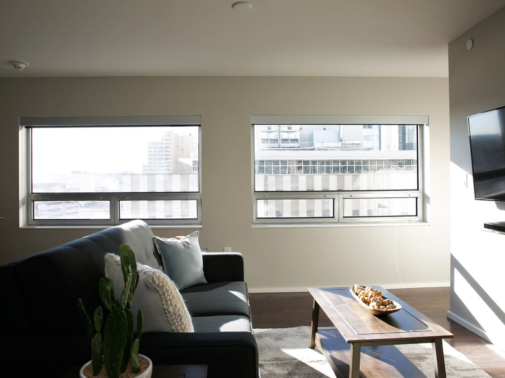 Phenomenal One Bedroom on Jackson Street