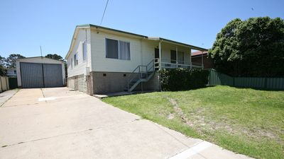 Photo for FISHERMAN'S CABIN: Ample boat parking, close to golf course, pub & club - Mil11