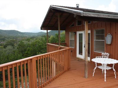 Photo for Boerne Hill Country Sunset Cabin