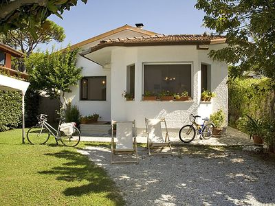 Photo for Vacation home Sandra  in Forte dei Marmi, Versilia, Lunigiana and sourroundings - 6 persons, 3 bedrooms