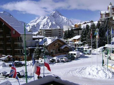 Photo for La Residence- A Fully Equipped, Centrally Located,Light Luxury Ski Apartment