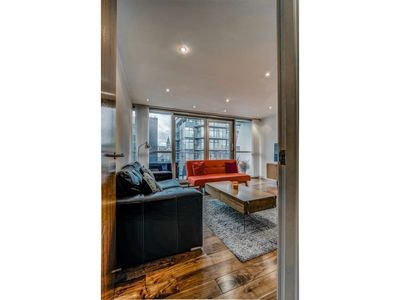 Photo for Stunning, Huge and Elegant apt for 6 in Manchester