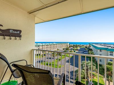 Photo for NEW! Spacious & welcoming Plantation East condo w/ hot tub, sauna, gym, pools