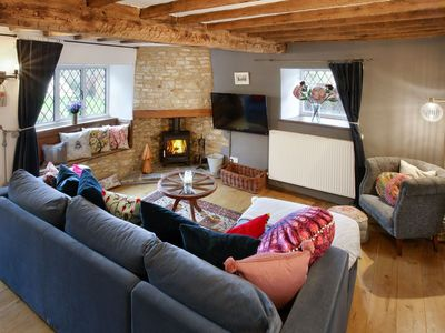 Photo for Grafton House - sleeps 9 guests  in 5 bedrooms