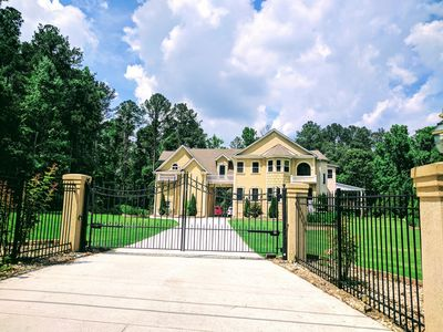 Gated 5BR/4.5BA House - Venue available.  Internet and Grill