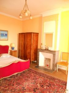 Photo for Large capacity cottage with pool in Gémozac 16 persons