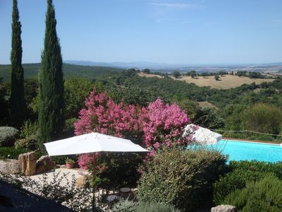 Photo for Exclusive country house with 16 beds with swimming pool near Saturnia.