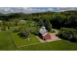 Photo for 5BR House Vacation Rental in Underhill, Vermont