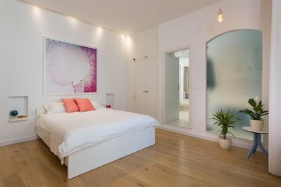 That place studio apartment in Trogir, double bed