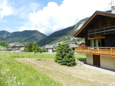Photo for Ty menez 2 - Apartment in chalet for 9 people 2*, on the ski slopes