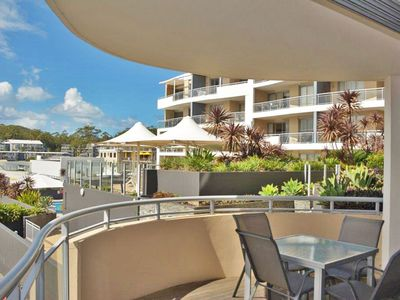 Photo for 8 'Cote D'Azur' 61 Donald Street - central apartment, air conditioning, complex pool