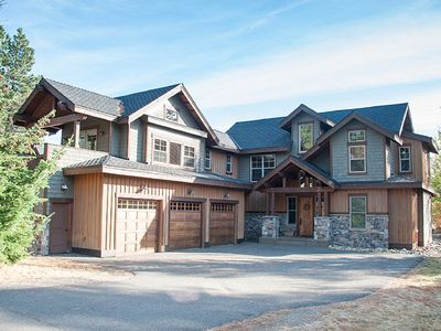Photo for Outdoor Space, Golf Course View, BBQ, Fire Pit, Hot Tub, and Full Resort Access!