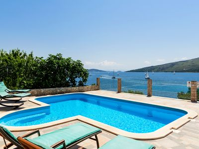 Photo for Seaside Villa, surrounded by pine forest with 34 m2 large heated swimming-pool.