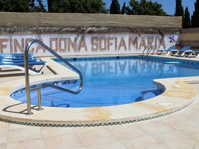 Photo for An oasis near the sea, ideal for children, pets are allowed, common pool.