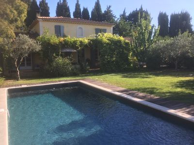 Photo for Provencal style house located between Avignon and Saint Rémy