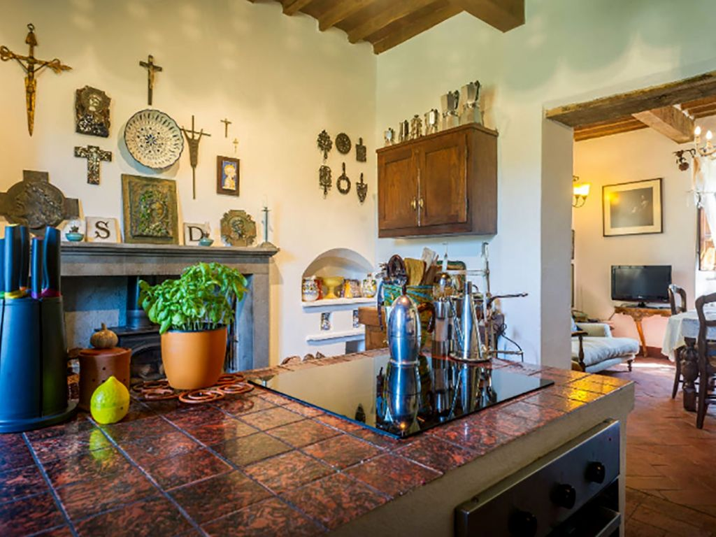 The Contented Tuscan: Detached Stone House with Private Plunge Pool ...