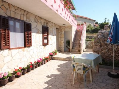 Photo for One bedroom apartment with terrace Stivan, Cres (A-382-d)