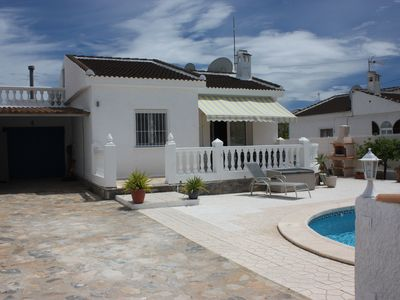 Photo for Beautiful villa with private pool and garden